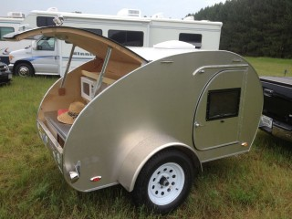 A REALLY nice home-built teardrop at the campground